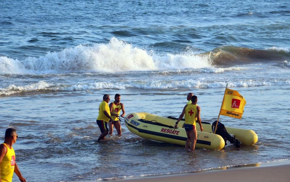 Salvamar destaca importância do cuidado com o banho de mar neste final de semana (Foto: Evilnia Sena/Divulgação)