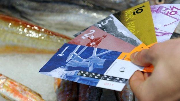 Existem cerca de 60 micromoedas na França, mas o eusko é a mais bem-sucedida (Foto: GETTY IMAGES/BBC News Brasil)