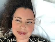 Fran Drescher, atriz de 'The Nanny', emociona fãs ao celebrar 21 anos de cura de câncer