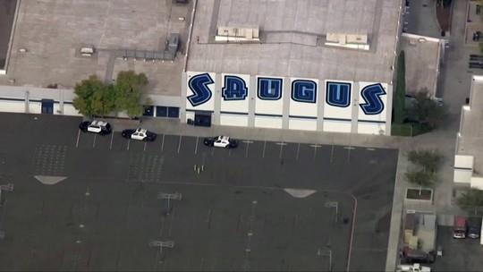 Atirador mata dois estudantes e fere cinco em escola na Califórnia