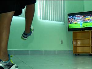 Pacientes usam videogame para fazer fisioterapia virtual em Itajubá (MG) (Foto: Reprodução EPTV)