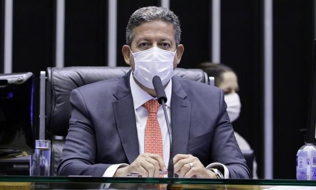 Arthur Lira comanda a votação da chamada PEC da Imunidade
