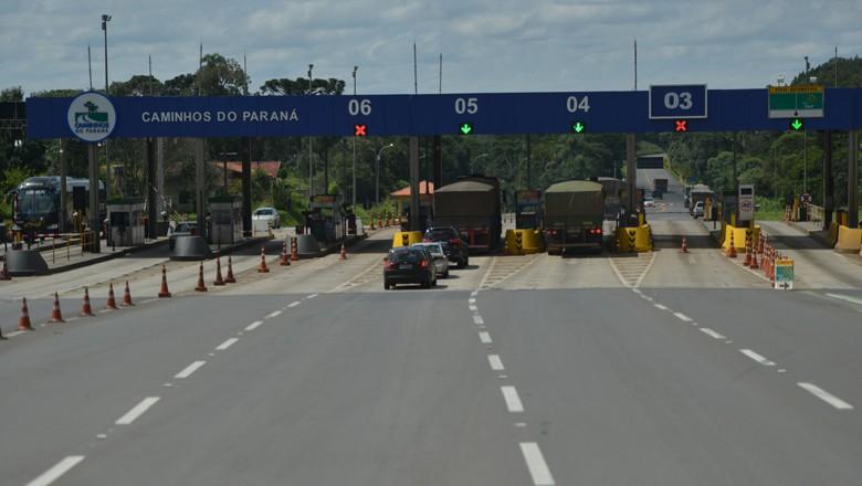 caminhos_safra_pedagio_pr (Foto: Ernesto de Souza/Ed. Globo)