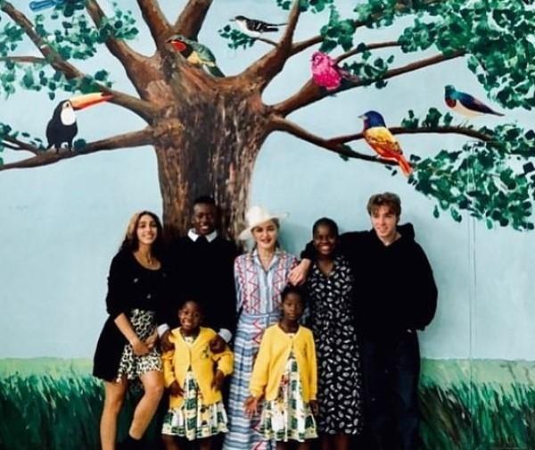 Madonna e os filhos (Foto: Instagram)