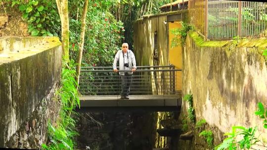 Fernando Gabeira mostra revitalização do Largo do Boticário