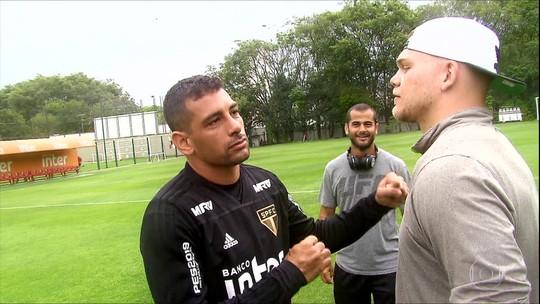Chase Sherman visita CT do São Paulo