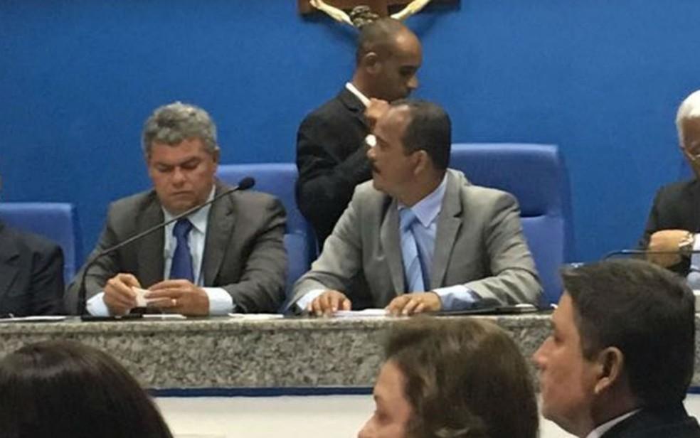 José Paulo Bezerra e Oziel dos Santos Araújo (Foto: Henrique Mendes/ G1)
