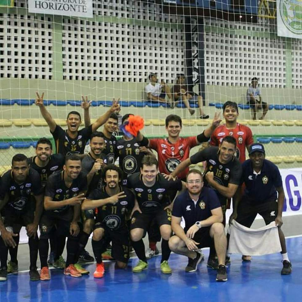 JES/Krac busca classificação para as semifinais da Liga Nordeste de futsal contra o Pague Menos (CE) (Foto: Divulgação/CBFS)