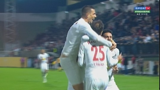 Análise: Bragantino domina o Figueirense e tem persistência premiada com gols na reta final