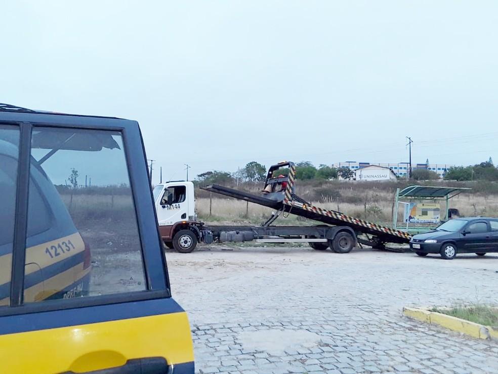 Fiscalização teve como foco identificar a falta de conservação dos automóveis — Foto: Polícia Rodoviária Federal