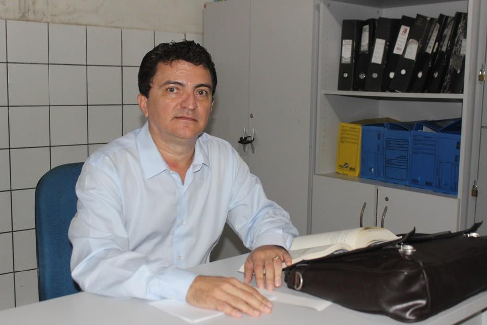 Delegado da Central de Flagrantes recebeu o caso (Foto: Gilcilene Araújo/G1)