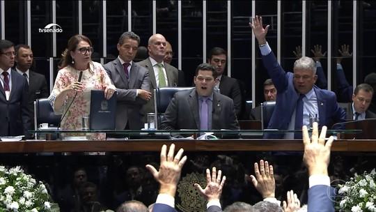 Senado suspende sessão e adia para este sábado escolha do presidente da Casa