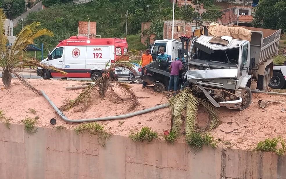 Equipe do Samu foi encaminhada ao local — Foto: Cid Vaz/TV Bahia