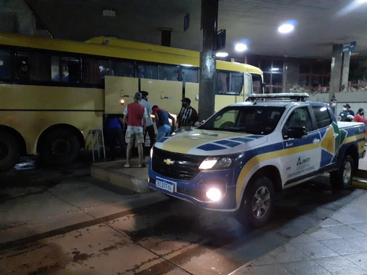 Operação 'Centauro': veículos são apreendidos por irregularidades no  transporte de passageiros no Triângulo e Alto Paranaíba