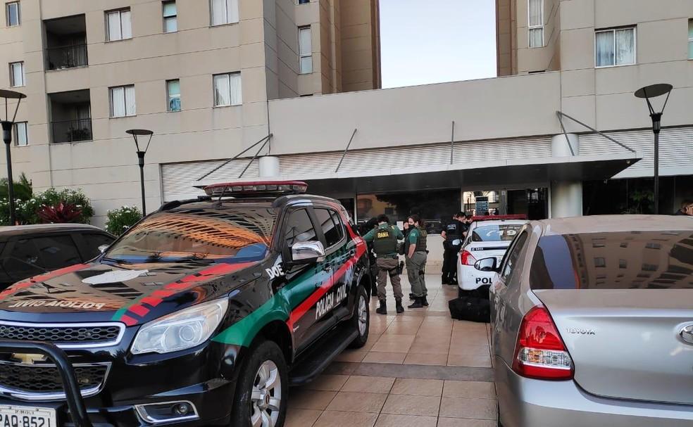 Polícia Civil e Ibama cumprem mandados de busca e apreensão pela operação Snake  — Foto: Polícia Civil/Divulgação