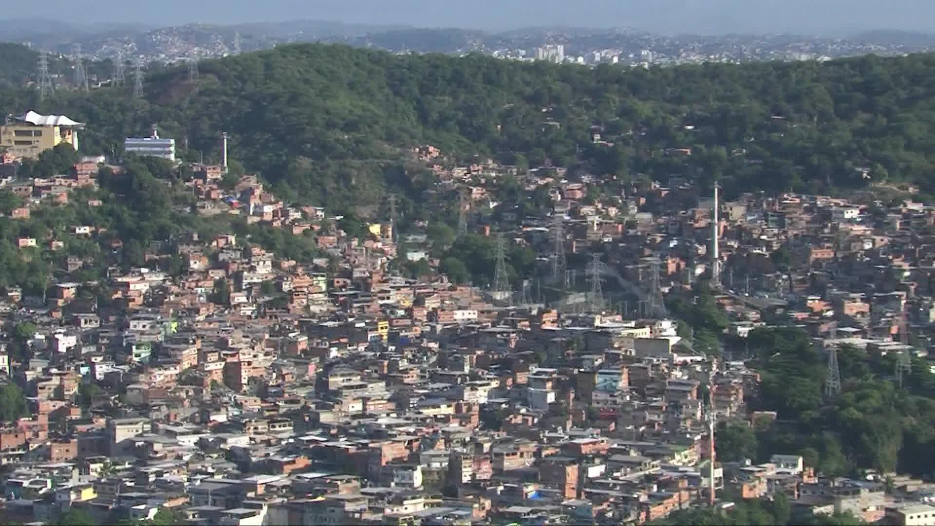 Pesquisa revela que 54% dos moradores de favelas do Rio perderam empregos na pandemia