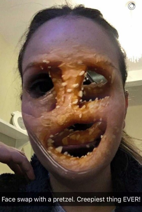 Um rosto trocado por pretzel: Espantalho de 'Batman'?