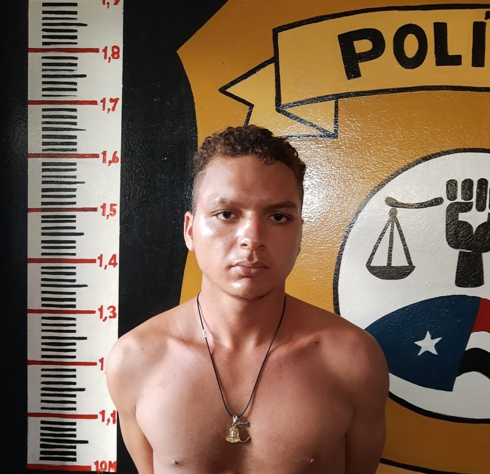 Carlito Gomes Mendes, de 20 anos, foi preso durante operação policial realizada em Carolina (MA) — Foto: Divulgação/Polícia Civil