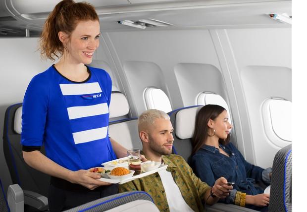 A companhia aérea serve comida orgânica e cerveja artesanal a bordo (Foto: Divulgação / Air France )