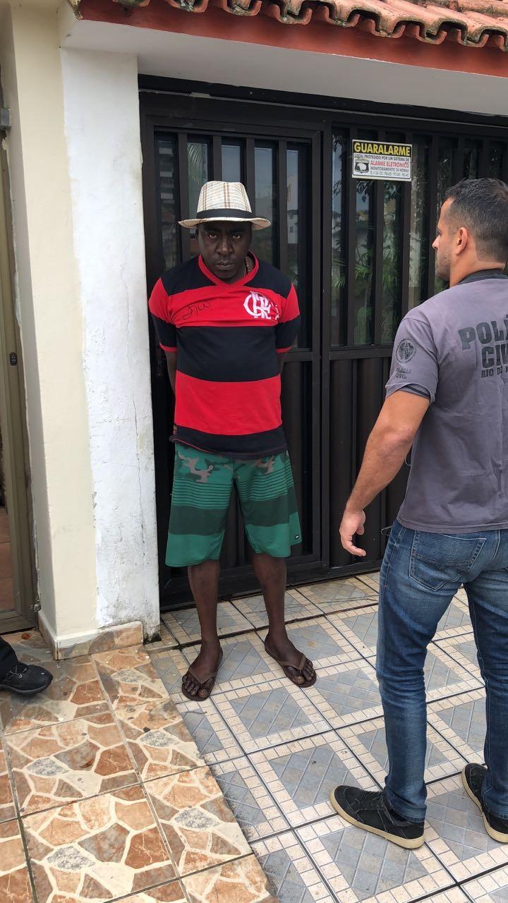 Suspeito de chefiar tráfico em comunidades do RJ é preso no ES