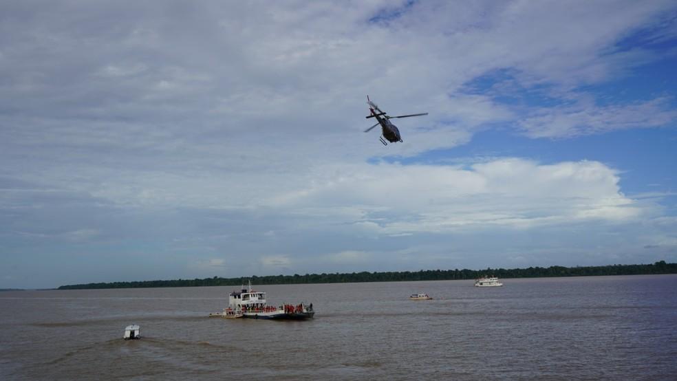Buscas por vítimas do naufrágio do navio Anna Karoline 3, no Sul do Amapá — Foto: Prefeitura de Almeirim/Divulgação