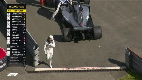 "Mercedes nunca havia tido quebra dupla na ""era híbrida"" da Fórmula 1"