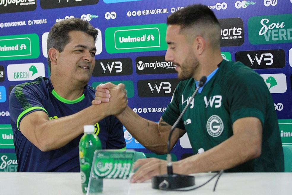 Jogador volta a trabalhar com Ney Franco — Foto: Rosiron Rodrigues / Goiás E.C.