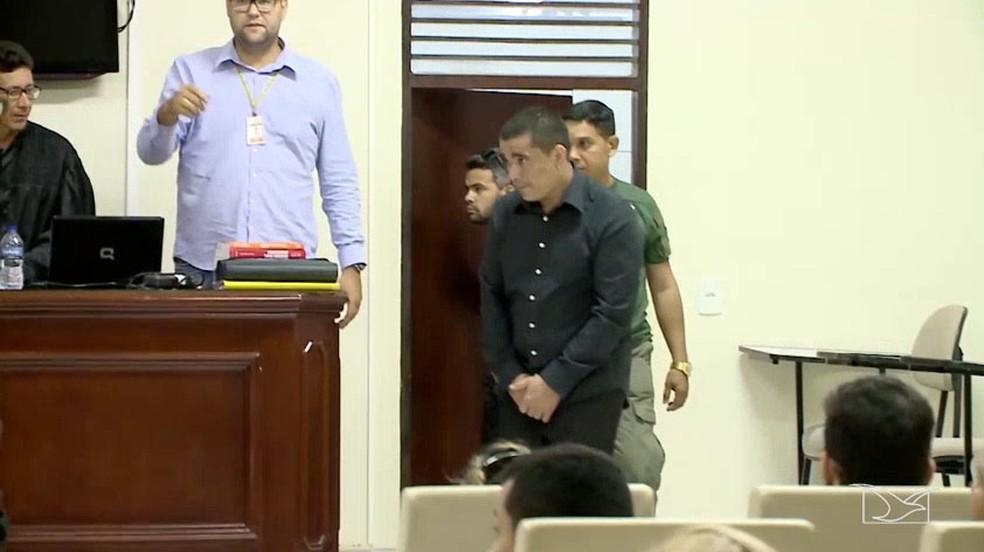 Adriano Alves de Oliveira foi condenado a 22 anos e cinco meses de prisão (Foto: Reprodução/TV Mirante)