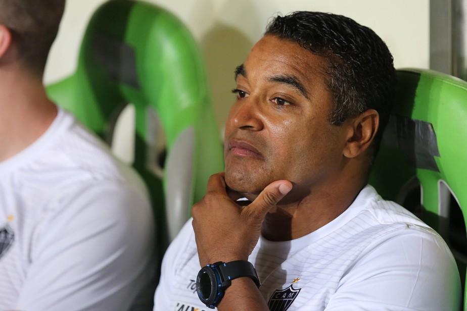 Roger Machado é o técnico do Palmeiras