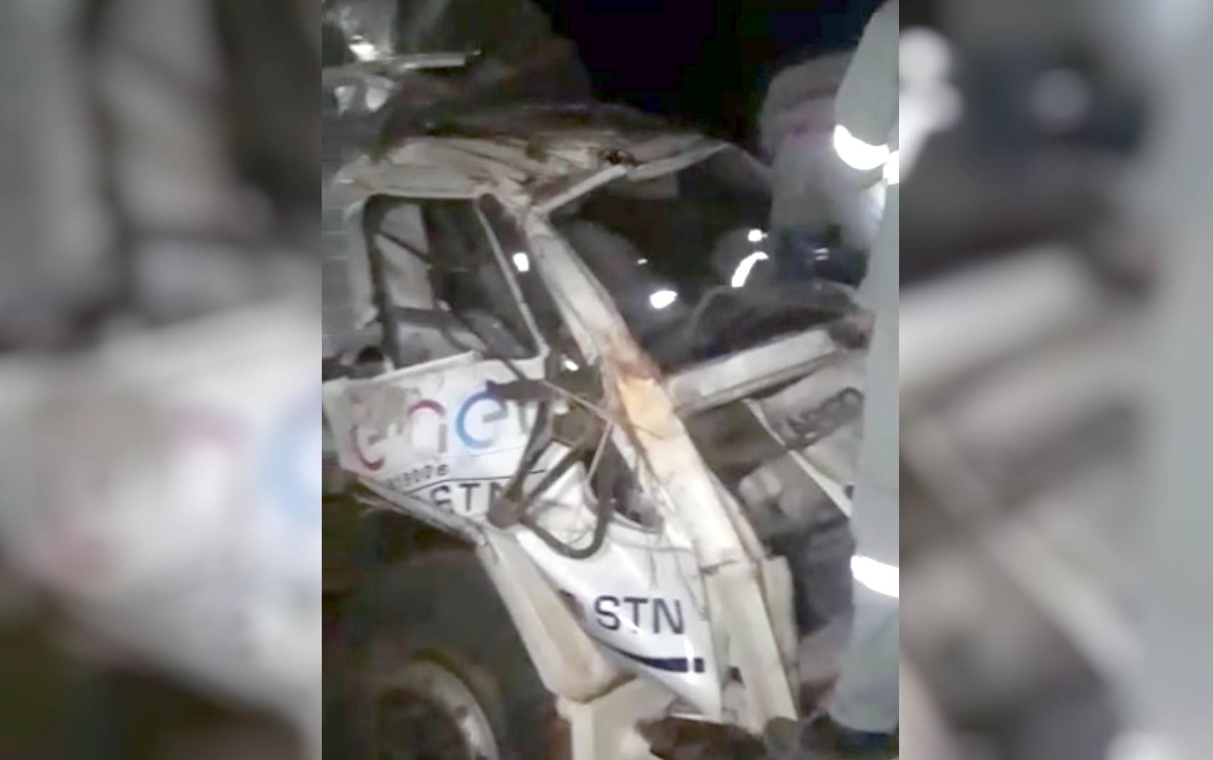 Acidente com caminhão de empresa terceirizada da Enel mata um funcionário e deixa cinco feridos na GO-237