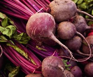 Beterraba: conheça os benefícios e 9 receitas com a raiz