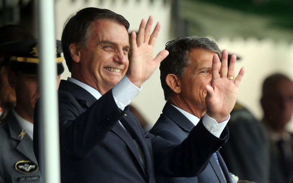 O presidente eleito, Jair Bolsonaro, durante formatura de oficiais combatentes do Exército na Academia Militar das Agulhas Negras, em Resende, no RJ, no início deste mês  — Foto: Wilton Junior/Estadão Conteúdo