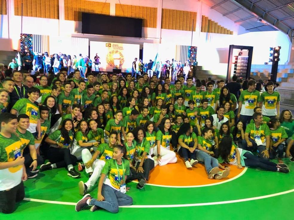 Delegação do RN em peso na abertura dos Jogos Escolares da Juventude — Foto: Augusto Gomes/GloboEsporte.com