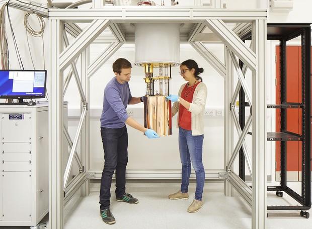 A tecnologia de ponta é oferecida pelo novo prédio para os estudos de física (Foto: Jim Stephenson/ Reprodução)