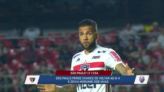 """Loffredo disse que, depois da estreia, Daniel Alves ainda não se destacou: """"Nem no meio, nem na lateral"""""""