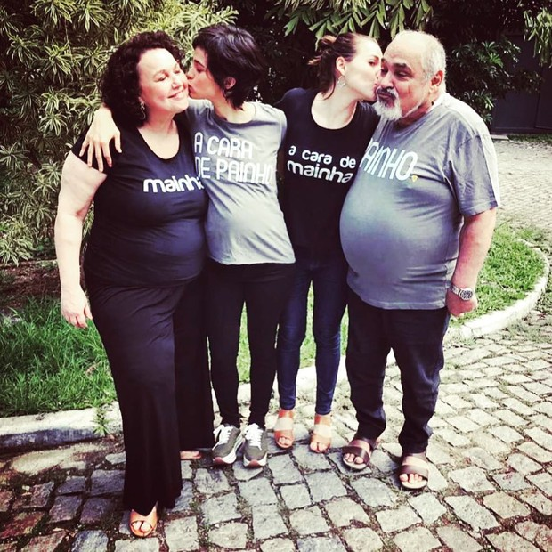 Kelzy Ecard, Letícia Colin, Nanda Costa e Roberto Bomfim (Foto: Reprodução/Instagram)