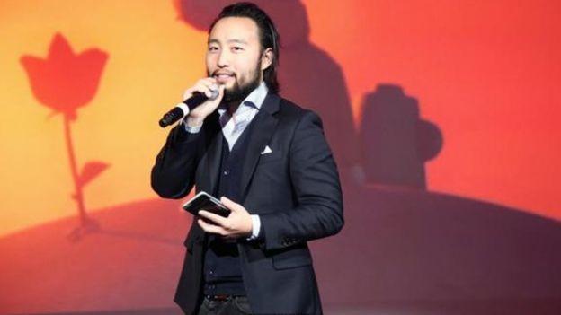 O diretor Eugene Chung, de Allumette, longa aclamado feito com realidade virtual, diz que no futuro os espectadores terão as histórias a seu redor (Foto: GETTY IMAGES)