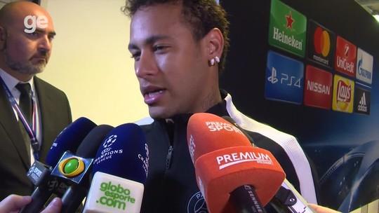 """Neymar diz que R10 deve estar feliz com seu gol: """"Aprendo com os melhores"""""""