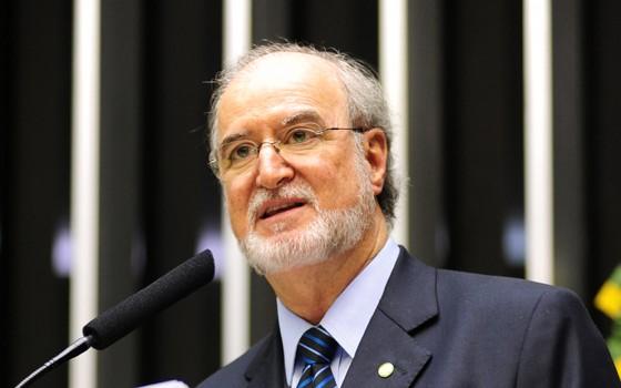 Eduardo Azeredo, no plenário da Câmara dos Deputados, em 2013 (Foto: Gustavo Lima/Câmara dos Deputados)