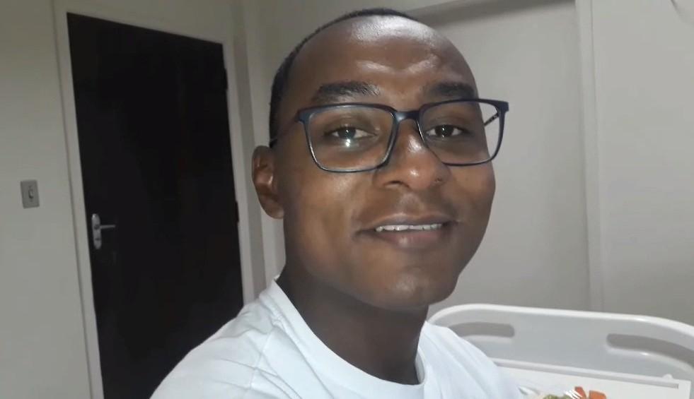 Guarda com coronavírus comove ao fazer vídeo em hospital: 'Perto da morte'
