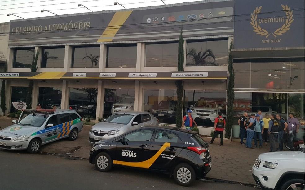 Polícia fez operação para investigar sonegação de impostos em Inhumas (Foto: Divulgação/G1)