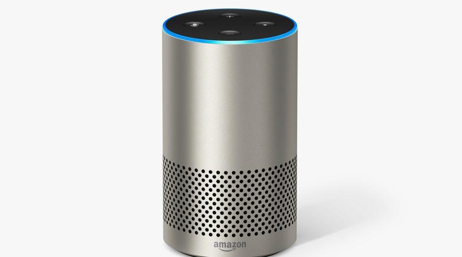 O Auto-falante Echo da Amazon tem Alexa como cérebro (Foto: Divulgação/ Amazon)