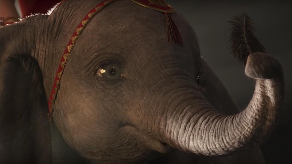 Dumbo, na versão live action de 2019 (Foto: Reprodução/YouTube)