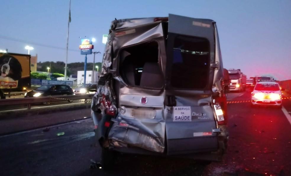Engavetamento interdita a Rodovia Raposo Tavares e provoca mortes em Sorocaba — Foto: Arquivo Pessoal