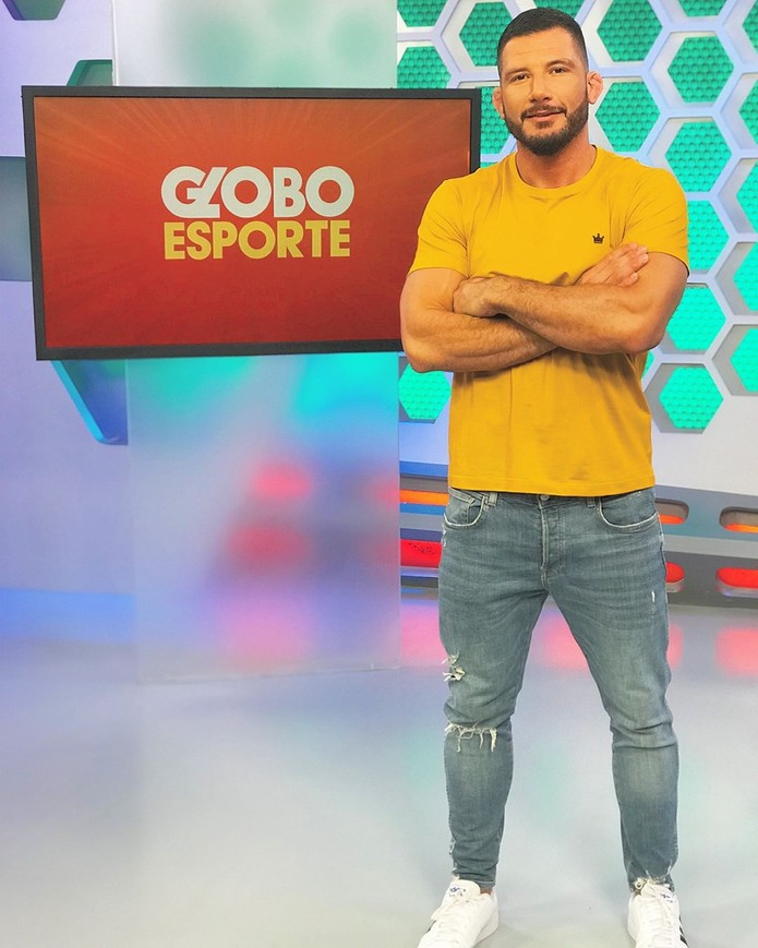 Rogério Tavares E Janaína Castilho Do Globo Esporte Paraná