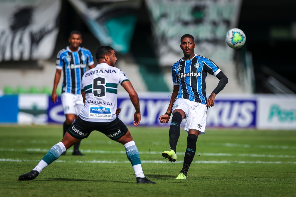 Jean Pyerre deu passe para o gol, mas perdeu pênalti — Foto: Lucas Uebel / Grêmio FBPA