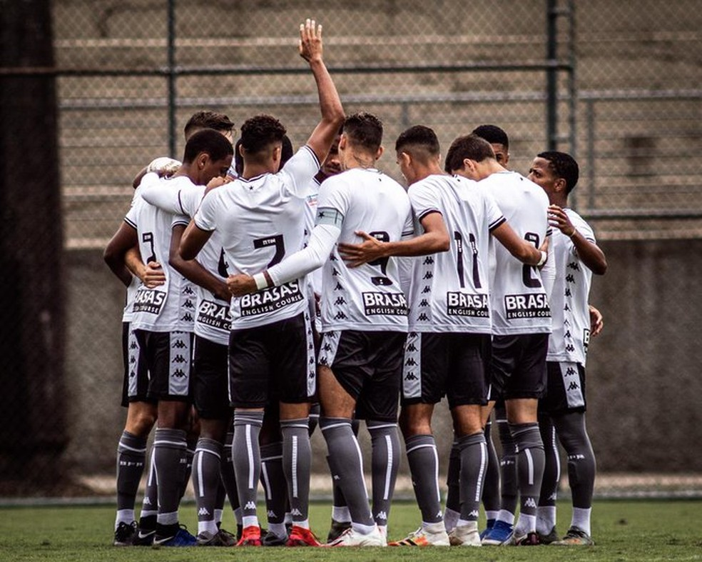 Botafogo vence o Cruzeiro pelo Brasileirão Sub-20 — Foto: Carlos Santana