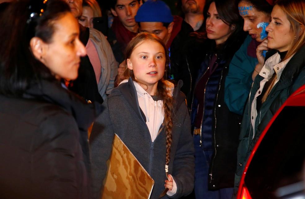 Greta Thunberg antes de marchar em protesto contra mudanças do clima em Madri, na Espanha — Foto: Javier Barbancho/Reuters