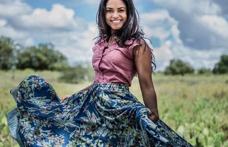 Essa será a terceira novela de Lucy, que estreou como atriz no papel de Luzia, em 'Velho Chico' TV Globo