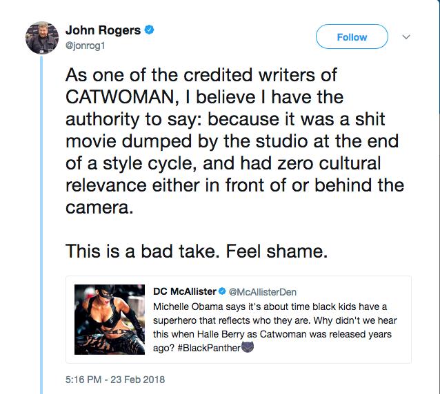 A crítica feita pelo roteirista John Rogers ao filme Mulher-Gato (2004) (Foto: Twitter)